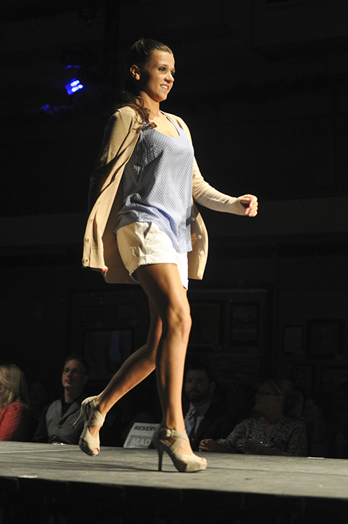 Eldeen Annette Fashion Show